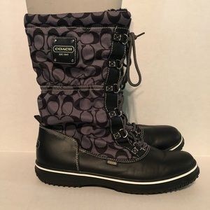 Coach Signature Winter Boots Size 11B